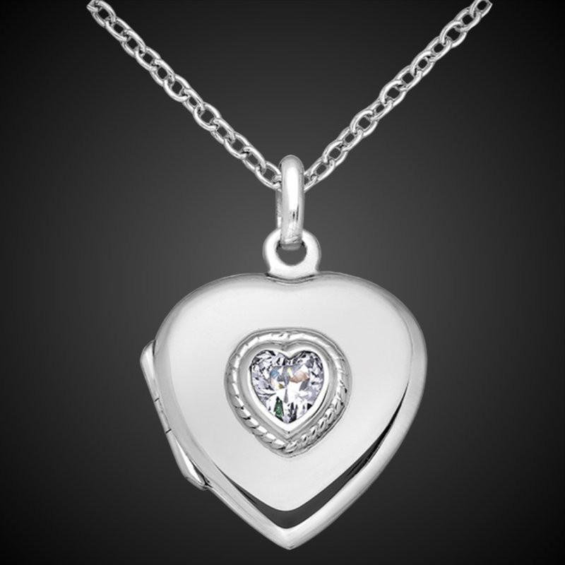 Pendant locket heart shape with a stone