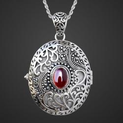 "Catherine the Great"" garnet locket pendant in sterling silver 925"