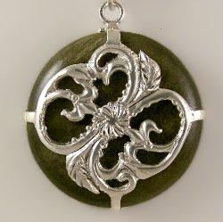 Pendant Obsidian stone  fleur-de-lis silver